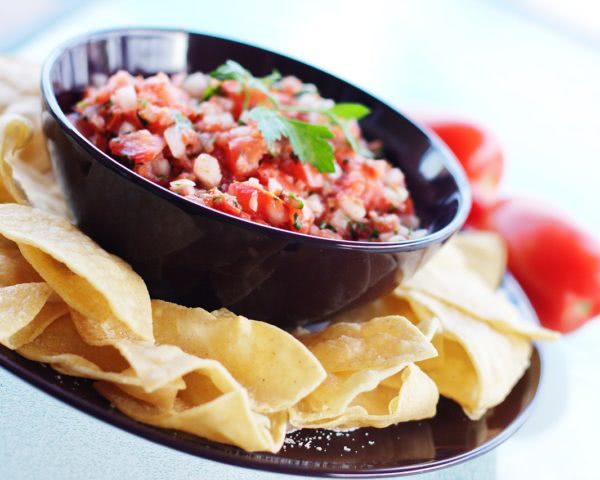 Bild Salsa Mexicana und Tortillas